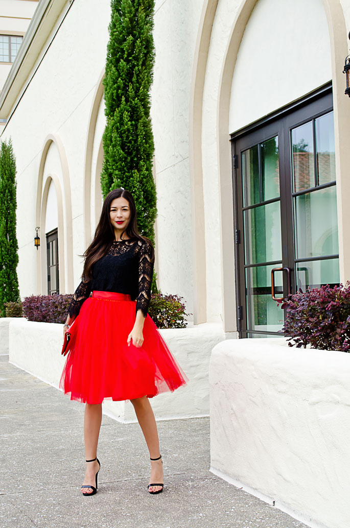 How To Wear A Tulle Skirt And How To Dress For A Holiday Party... | The Classified Chic