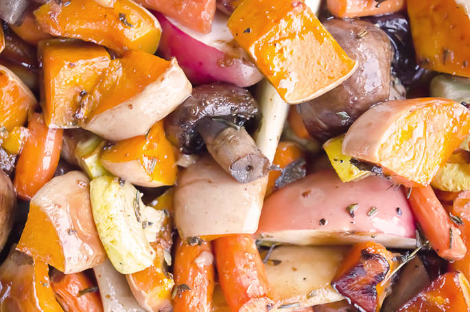 Simple-Roasted-Butternut-Squash-Recipe-Fall-and-Winter-Roasted-Vegetables-2