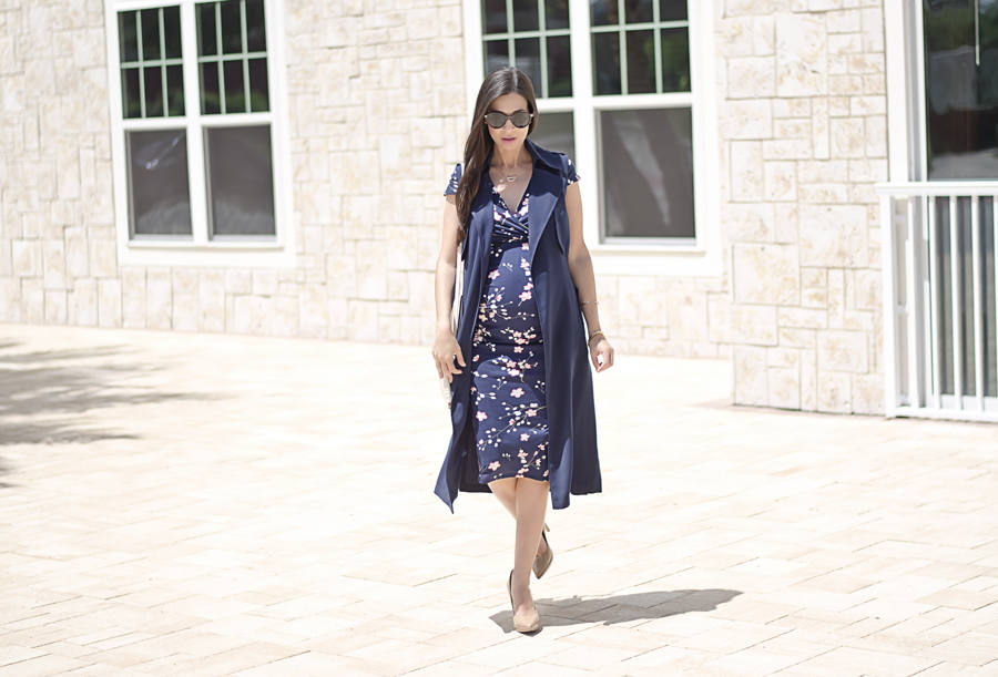5 Tips to Make a Floral Dress Look Professional, Dorothy Perkins Floral Maternity Dress and Navy Sleeveless Trench Coat - c