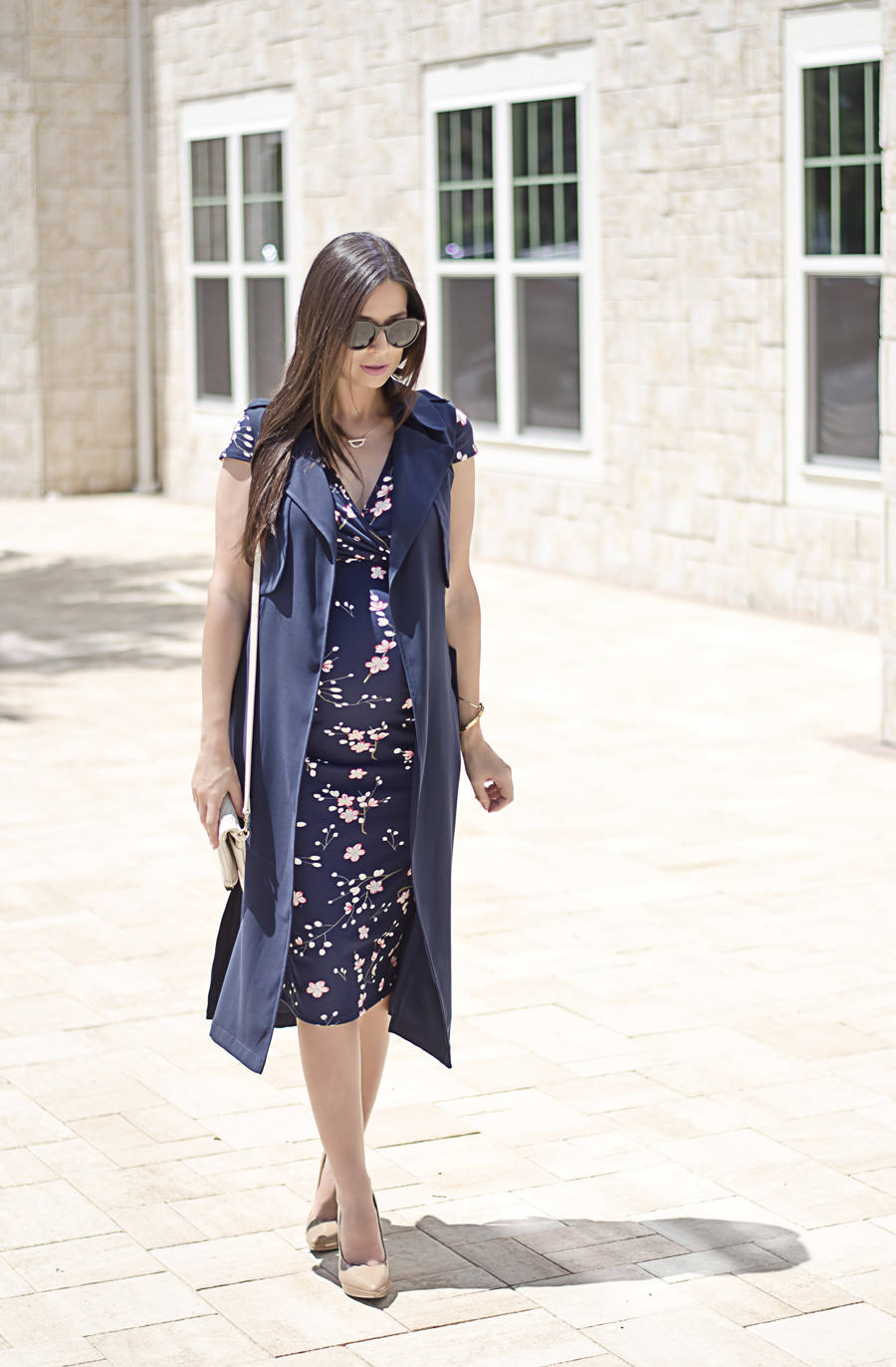 5 Tips to Make a Floral Dress Look Professional, Dorothy Perkins Floral Maternity Dress and Navy Sleeveless Trench Coat - e