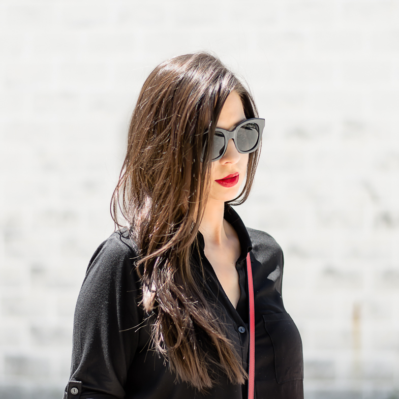 Luxury-Fall-Accessories-from-Steinmart-Max-Studio-Sunglasses-Red-Gucci-Disco-Bag-a